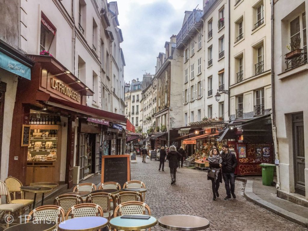 Marché Mouffetard — самая старая улица Парижа