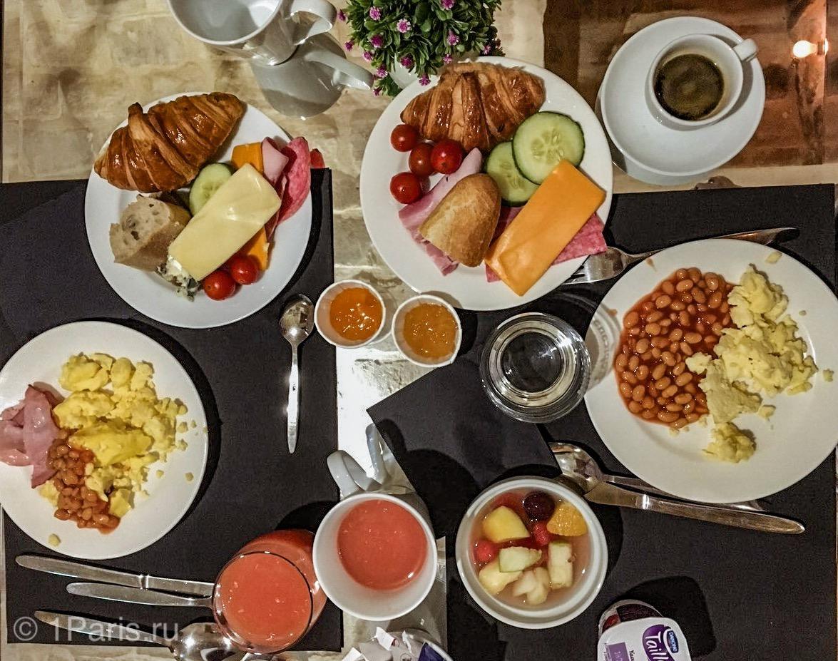Завтрак в Hotel Lorette - Astotel