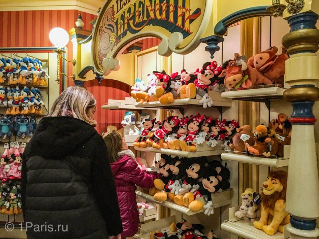 Цены на игрушки в парижском Диснейленде
