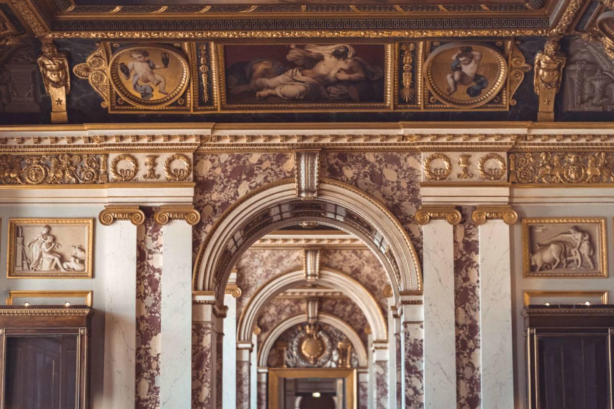 Интерьеры Лувра