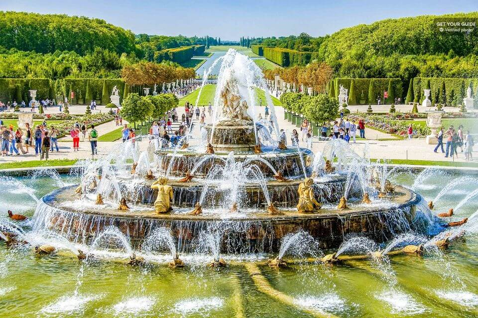 Фонтан в Версальском парке