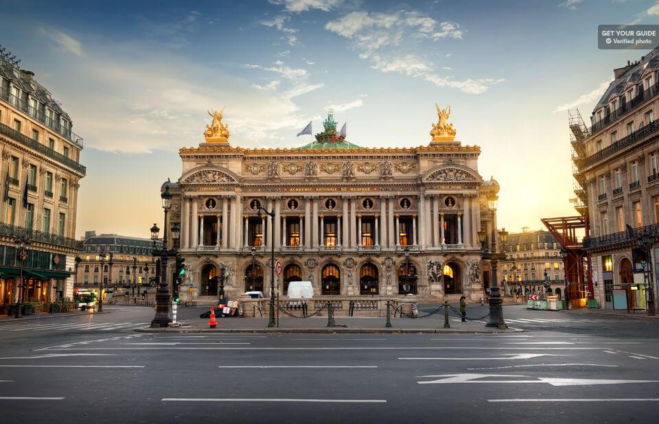 История строительства Большой Оперы
